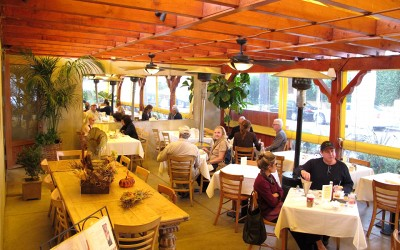 Maison richard restaurant caf french bakery for Maison richard